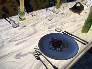 Osvetljena miza Lady White Onyx
